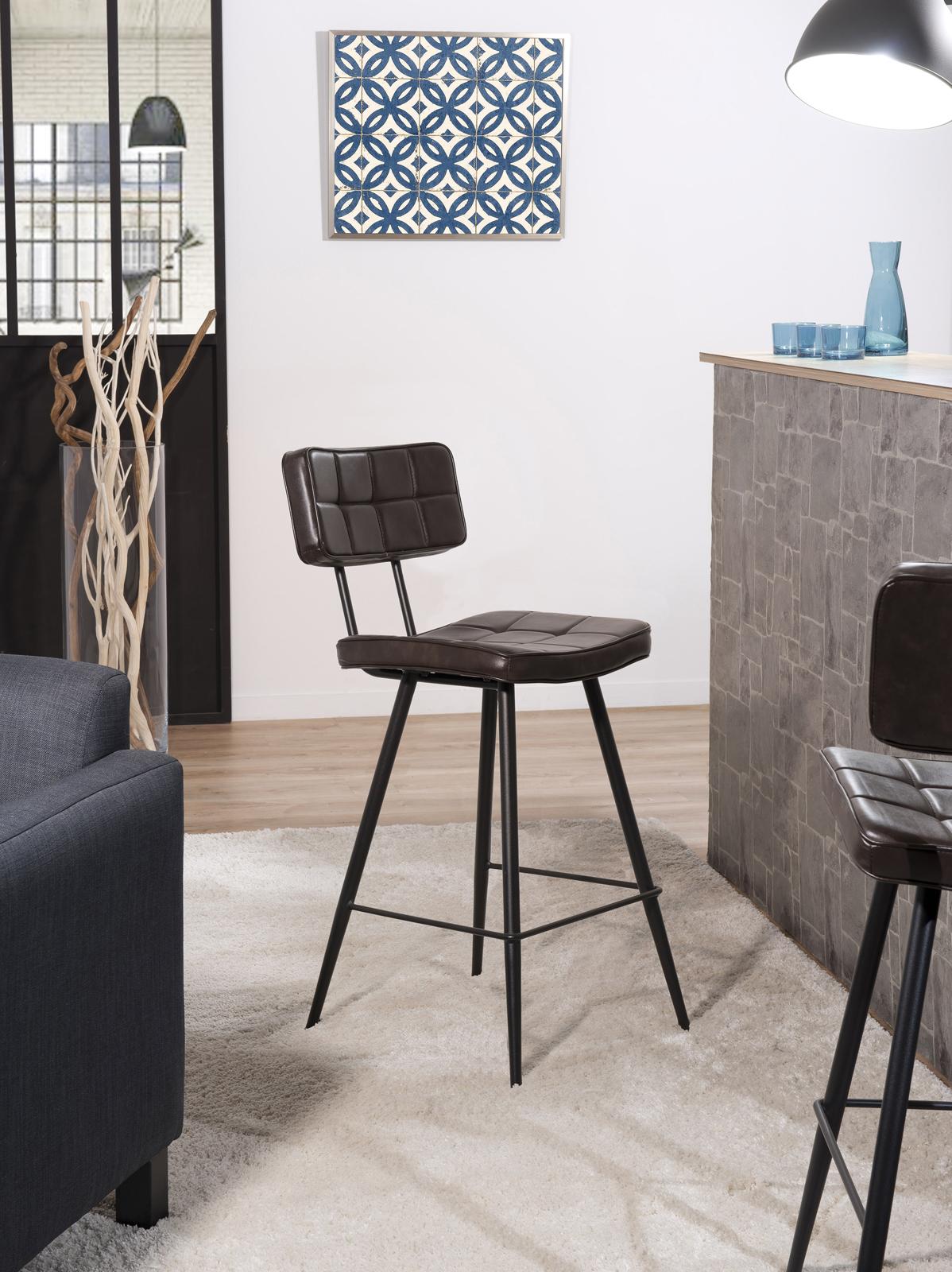 lot de 2 chaises de bar capitonnees en metal et tissu marron 43x53x92cm tim