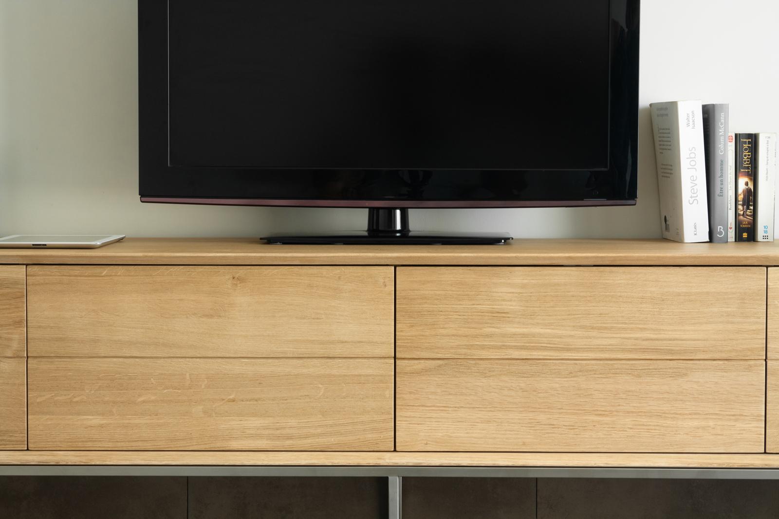 meuble tv en chene massif naturel 2 portes rabattables et 2 tiroirs 225x41x50cm kubico meubles tv pier import