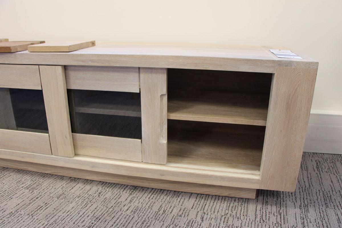 meuble tv porte coulissante bois de chene cire blanchi manille