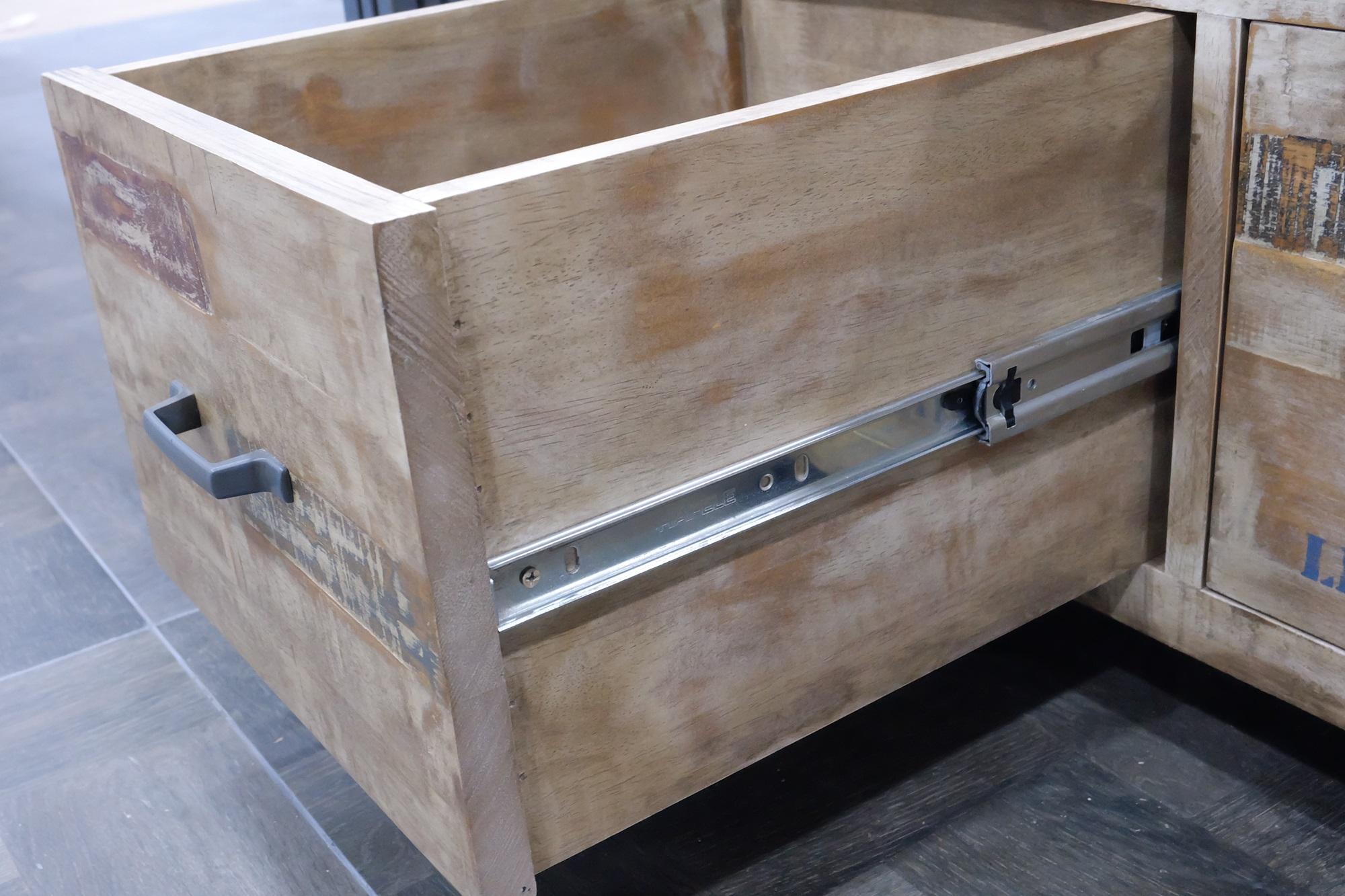 paravent 4 panneaux hevea recycle blanchi et metal noirci 160x170cm docker