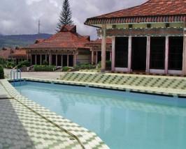 Een break in Berastagi  Vulkaan Sumatra bouwsteen