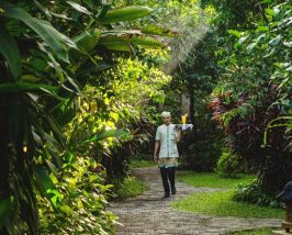 Begin je reis in Sanur Bali  Riksja Family Indonesi