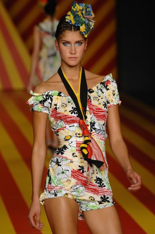 movimento_sao_paulo_fashion_week_summer2008