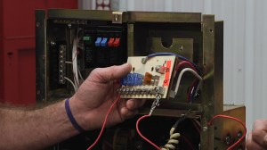 Understanding the Fuse Components of an RV Distribution Panel