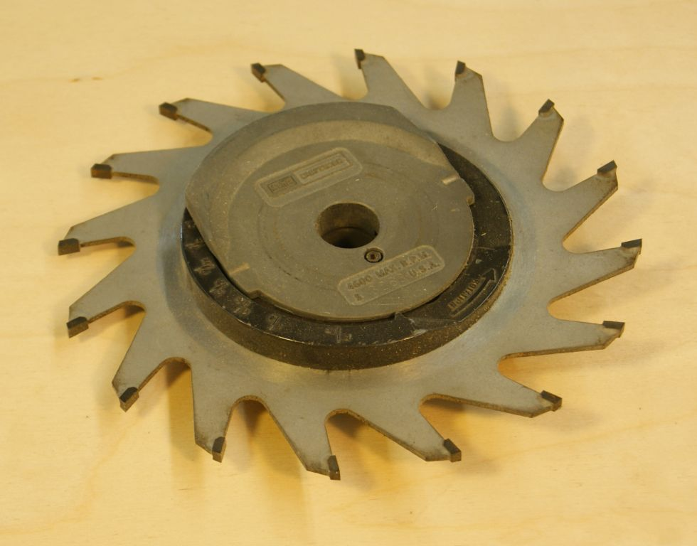 Table Saw Blade Wobble