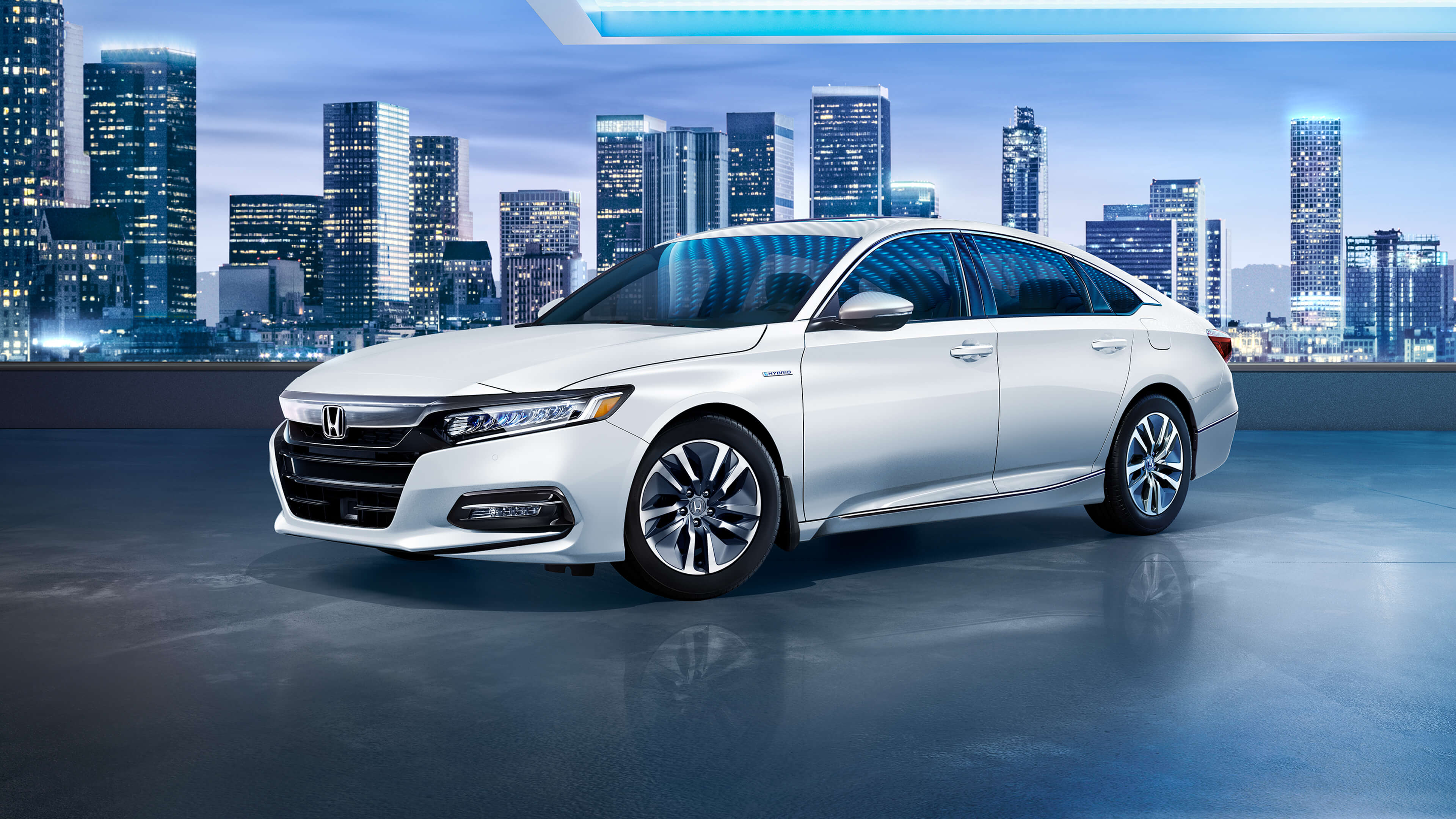 2019 honda accord hybrid exterior set against cityscape