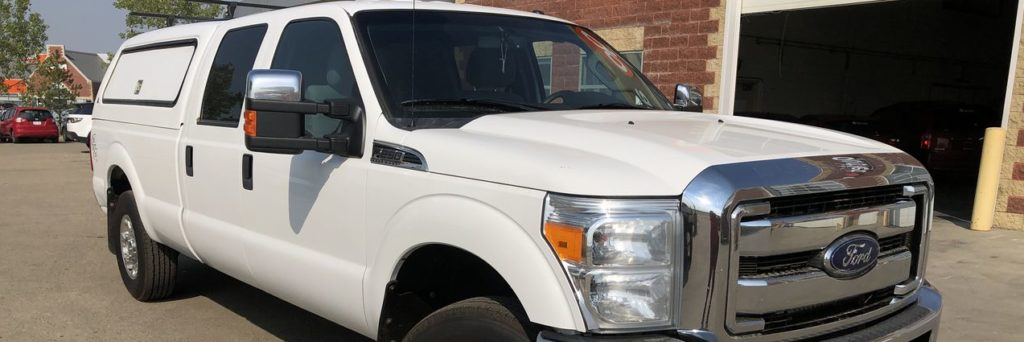 Front three-quarters of a 2015 Ford Super Duty F-250