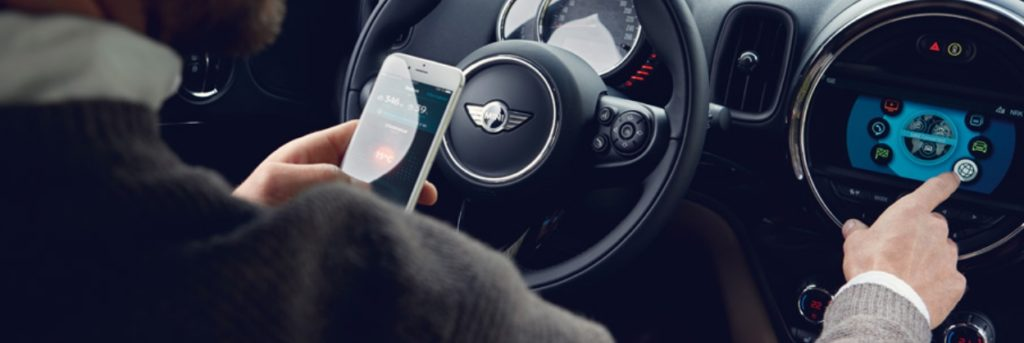 How to Connect Your Smartphone to your MINI Cooper