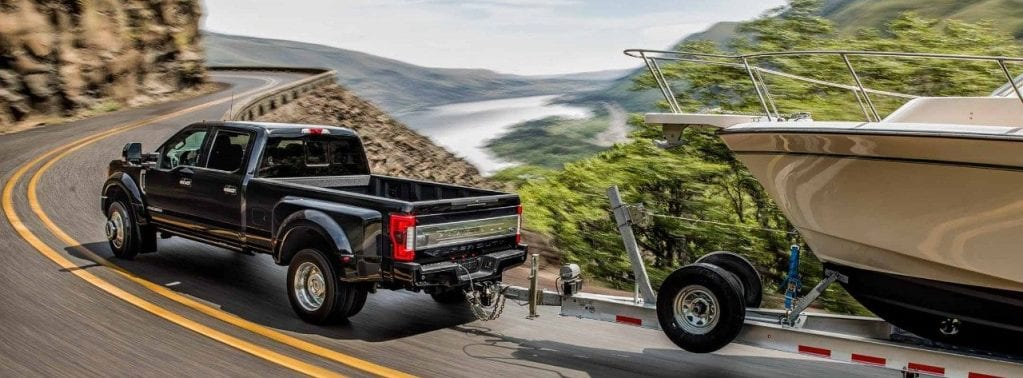 2018 Ford F-350 Super Duty Towing Yacht