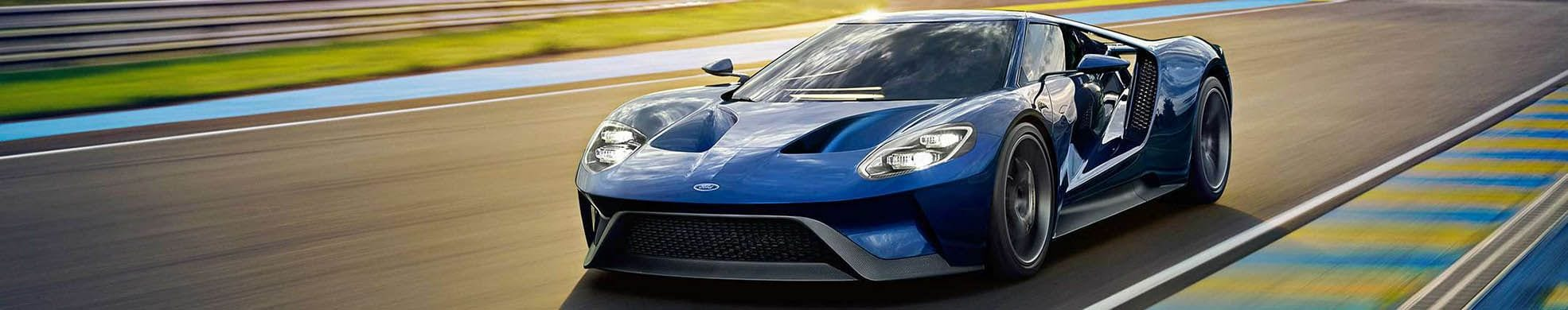 2018 Ford GT on Racetrack