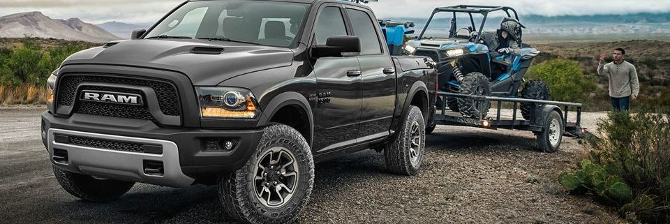 The RAM 1500 vs. GMC Sierra at Aurora Dodge