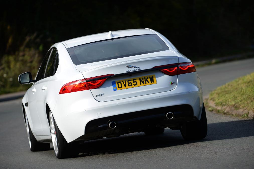 Jaguar XF saloon review