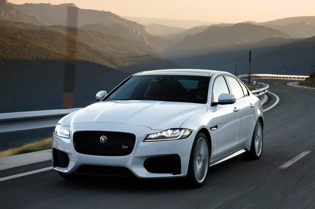 Jaguar Adds Limited-Edition 300 Sport Model to 2019 XF Lineup