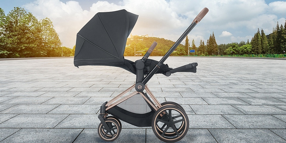 Cybex launches e-Priam electric pushchair