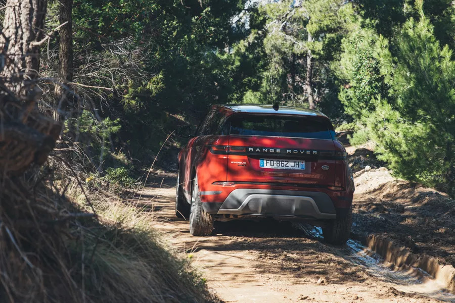 Range Rover Evoque review: Greece lightning