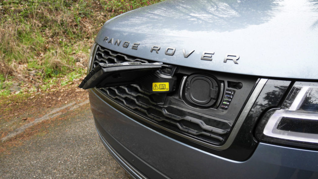 2020 Range Rover P400e review: Plugged in and better for it
