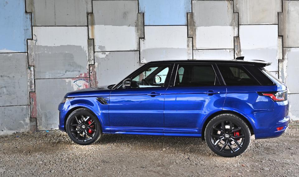Review: The explosive 2019 Range Rover Sport SVR