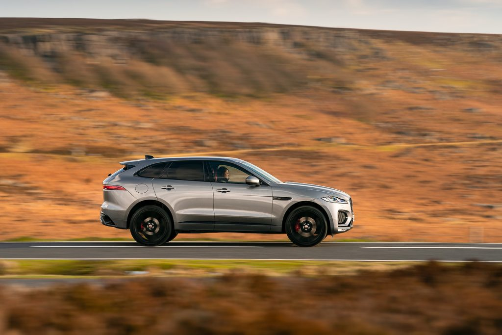 Jag F Pace 21my Driving 030221 0674