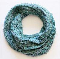Bulky Crochet Infinity Scarf Pattern | AllFreeCrochet.com
