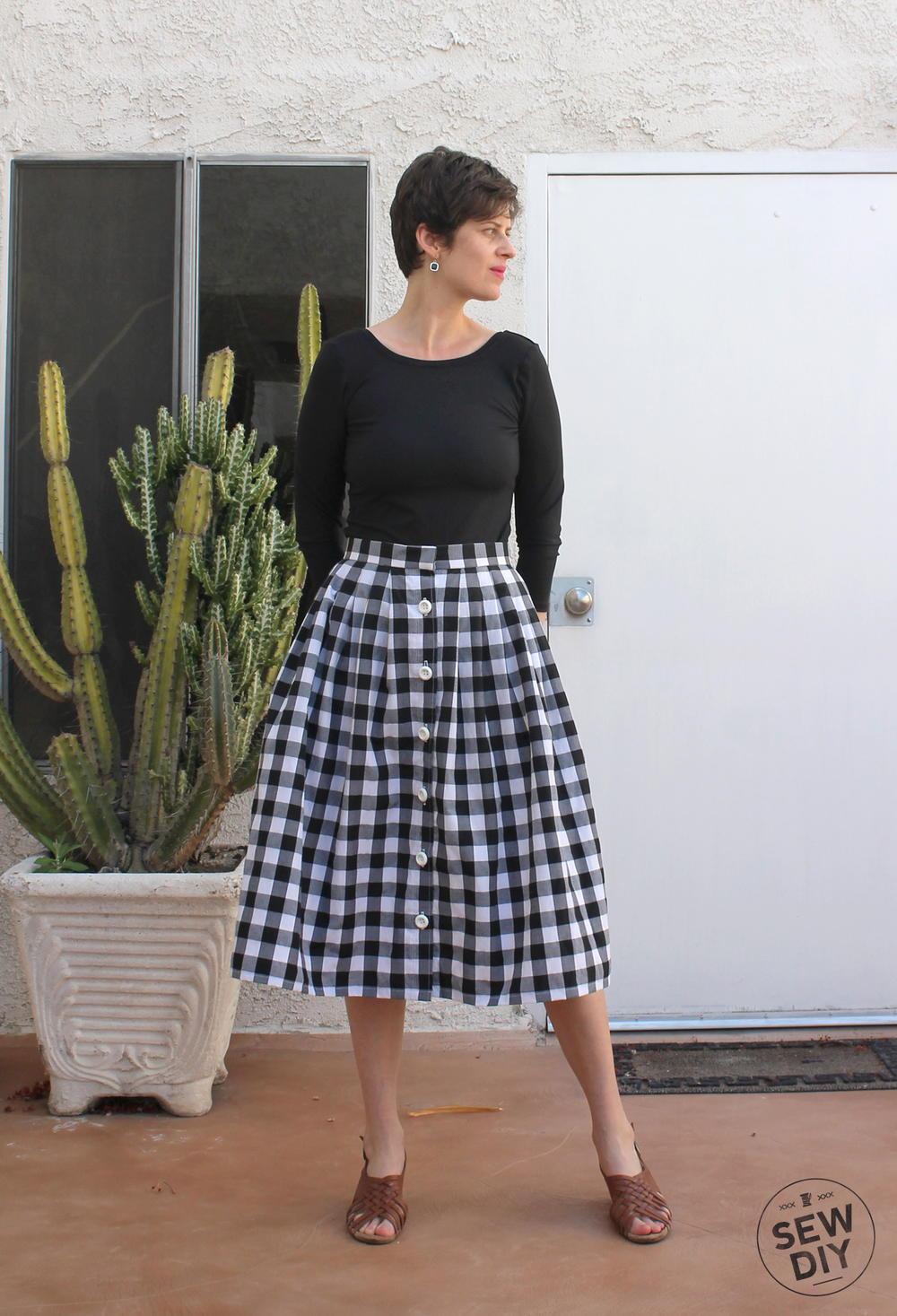 2 Yard Pleated Skirt Tutorial  AllFreeSewingcom