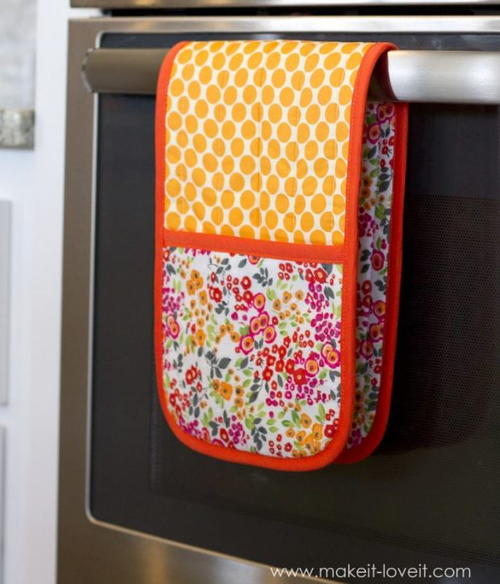 Double Pot Holder with Pockets Tutorial  AllFreeSewingcom