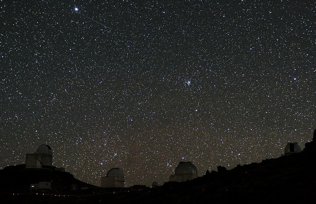 Ciel étoilà à La Silla Crédit photo : European Southern Observatory https://www.flickr.com/photos/esoastronomy/