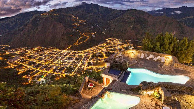 Vu sur la vallée de Baños depuis le spa