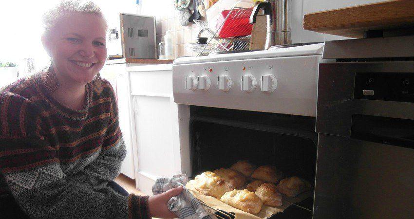 Felia sort les empanadas du four...Nous hûmons la bonne odeur !
