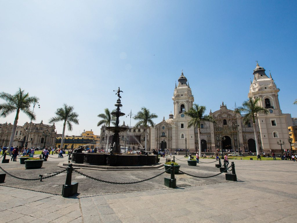 La place d'Armes de Lima