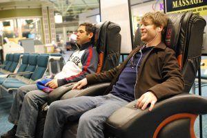 Chaise de massage à l'aéroport. Crédits : Kevin Hale (flickr)