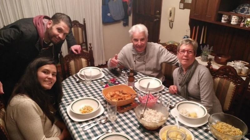 repas voyageurs famille locale