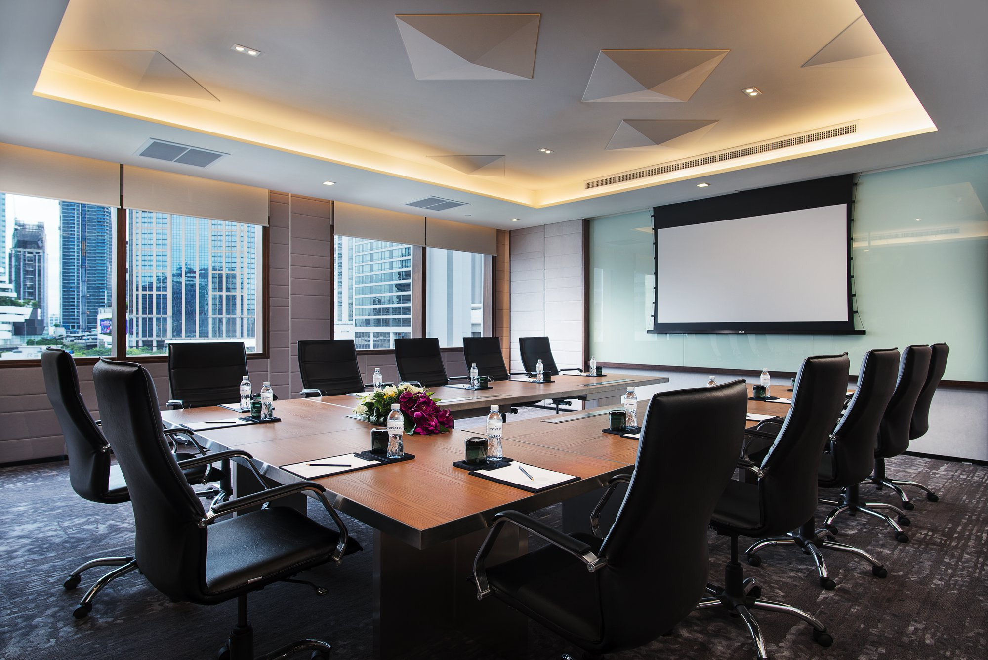 chair design bangkok x rocker gaming business hotel in sukhumvit spacious and luxurious meeting venue