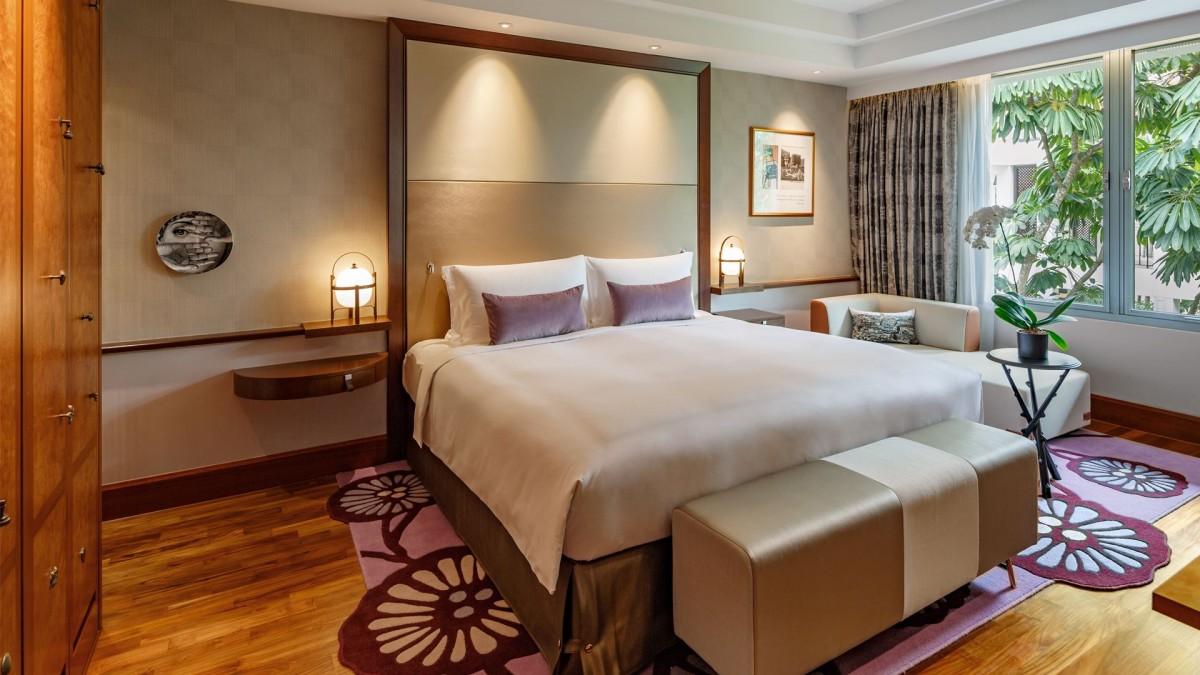 ergonomic chair brand folding jelly sofitel singapore sentosa resort & spa - prestige family suite