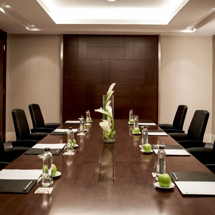 pullman hanoi meeting room