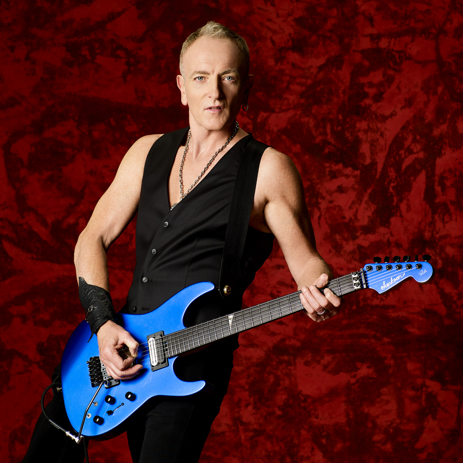 hight resolution of phil collen photo by larry dimarzio