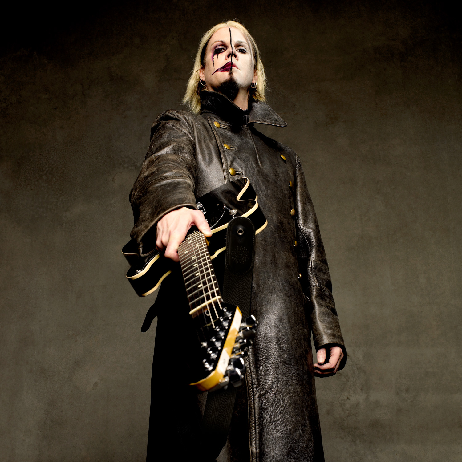hight resolution of john 5 photo by larry dimarzio