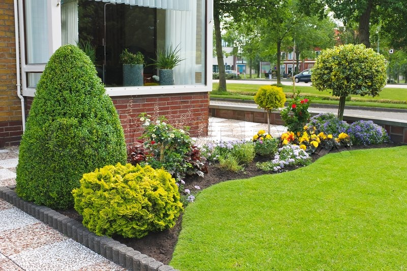Small Garden In Front Of The Dutch House Netherlands Stock Photo