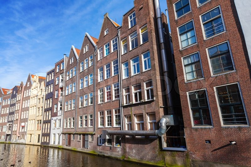 Bunte Leben Huser Kanal in Amsterdam   Stockfoto  Colourbox