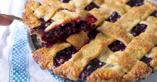 Blue Ribbon Blueberry Pie Recipe King Arthur Flour