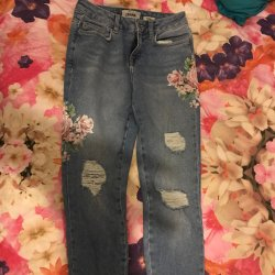 9dddf8df71 New Look Jeans Size 8 Worn Only To Try On Flowers At Side Of Depop
