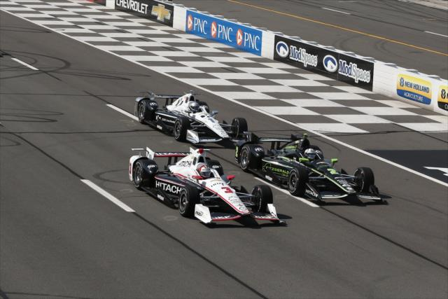 Team Penske dominó en Phoenix y ganó en Iowa. ¿Serán los dominadores en Gateway? FOTO: Chris Jones/INDYCAR