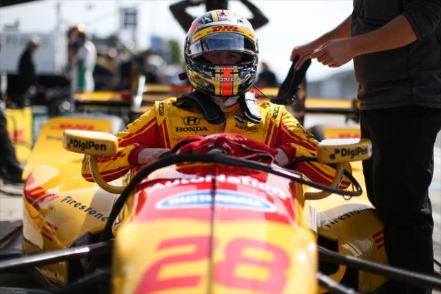 Dos semanas después de su aparatoso accidente en Pocono, Hunter-Reay subió al podium en Watkins Glen (FOTO: Joe Skibinski/INDYCAR)