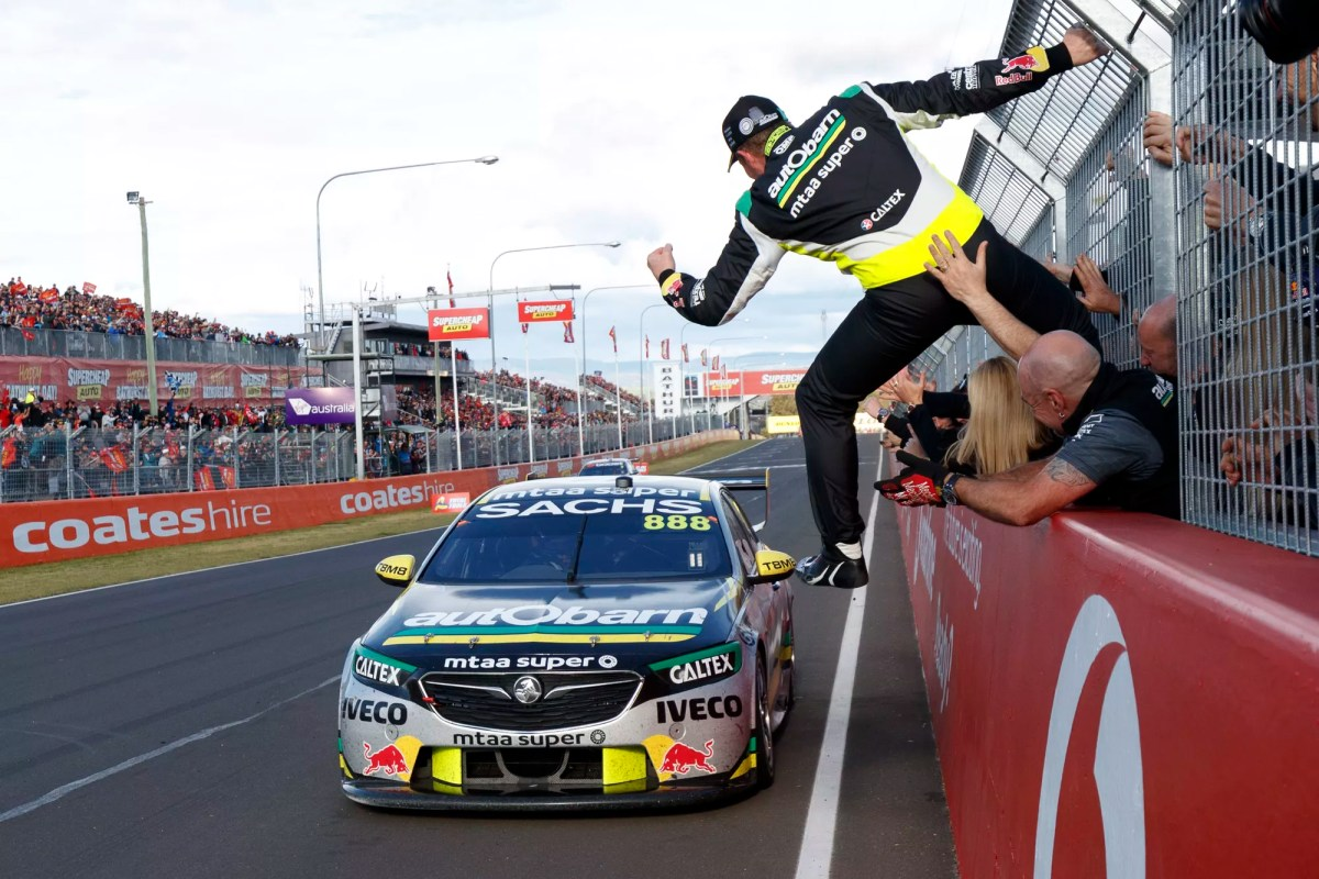 Fairy-tail Bathurst Win for Craig Lowndes and Steven Richards