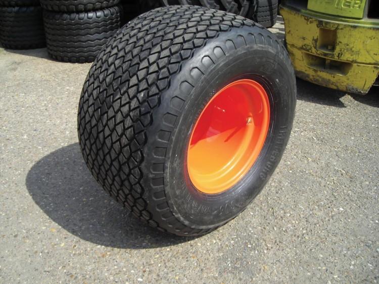 Hand Cut Tire Tread