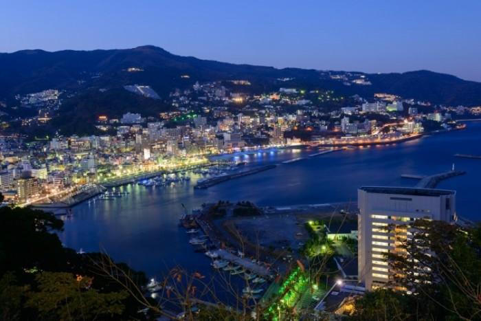 【靜岡】熱海泡溫泉看煙火!一次滿足日本自由行20景點 - TravelBook旅人網