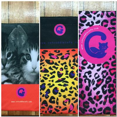 Cat Cuddle Café Tote Bags