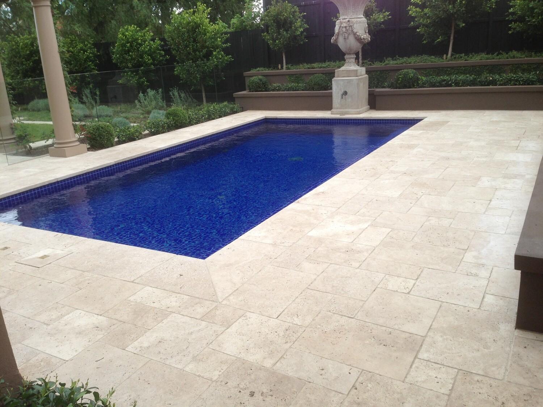 classic travertine tumbled tiles pavers