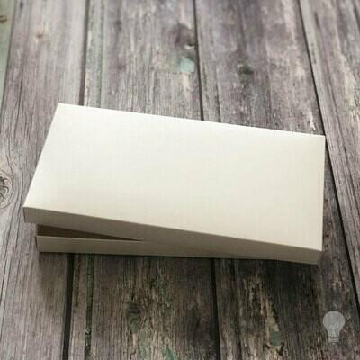 Caja Semi Rigida  11 x 21 x 1.5 cms 190g a 270g
