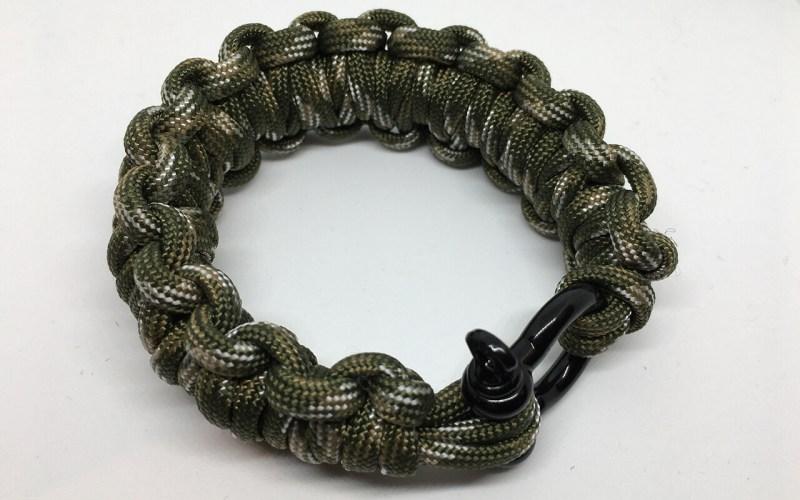 Paracord fast deploy bracelet Forest Camo
