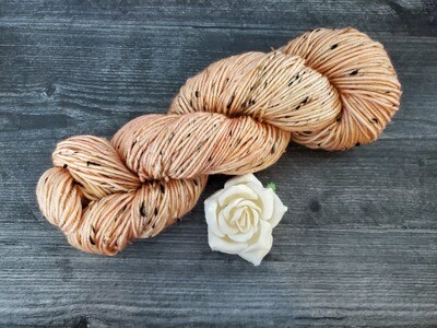 Peaches Tweed Hand Dyed Yarn